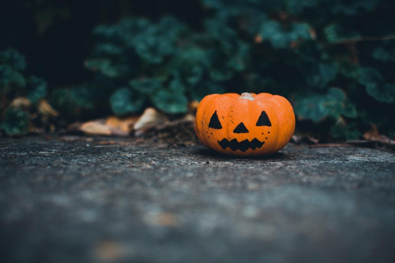 a helloween pumpkin